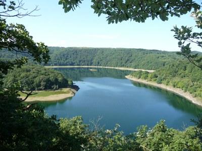 Landschaft_im_Nationalprak_Eifel-Ausblick_Hohenbach_kl.JPG