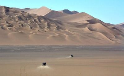 Durch die Wüste Lut